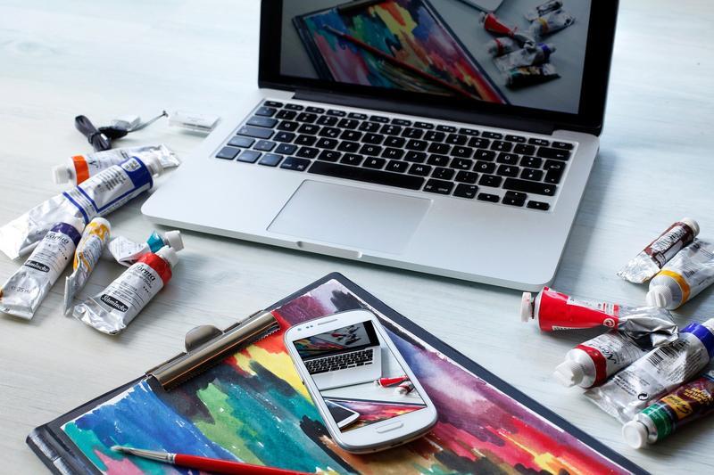 Paint colours and laptop